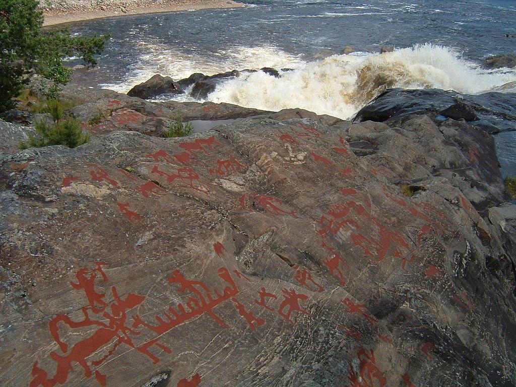 1024px-Nämforsen-Petroglyphs